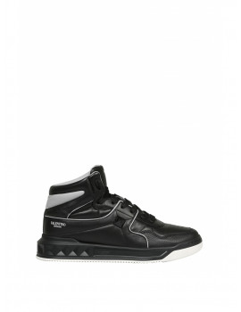 VALENTINO MID-TOP ONE STUD SNEAKERS BLACK WY2S0E63NWN0NO