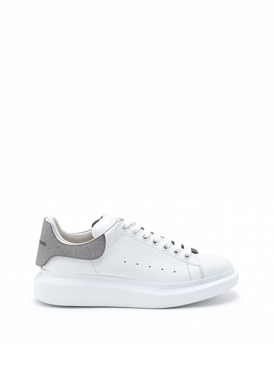 AMQ Oversized sole sneaker exchangeable colors