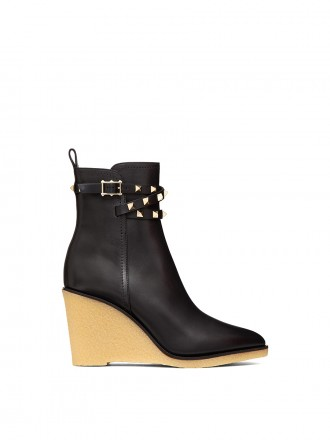 VALENTINO GARAVANI ROCKSTUD CALFSKIN WEDGE ANKLE BOOT 90 MM 1205742